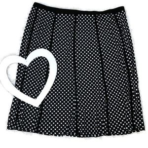 Roz and Ali Plus Size Black and White Skirt 3X